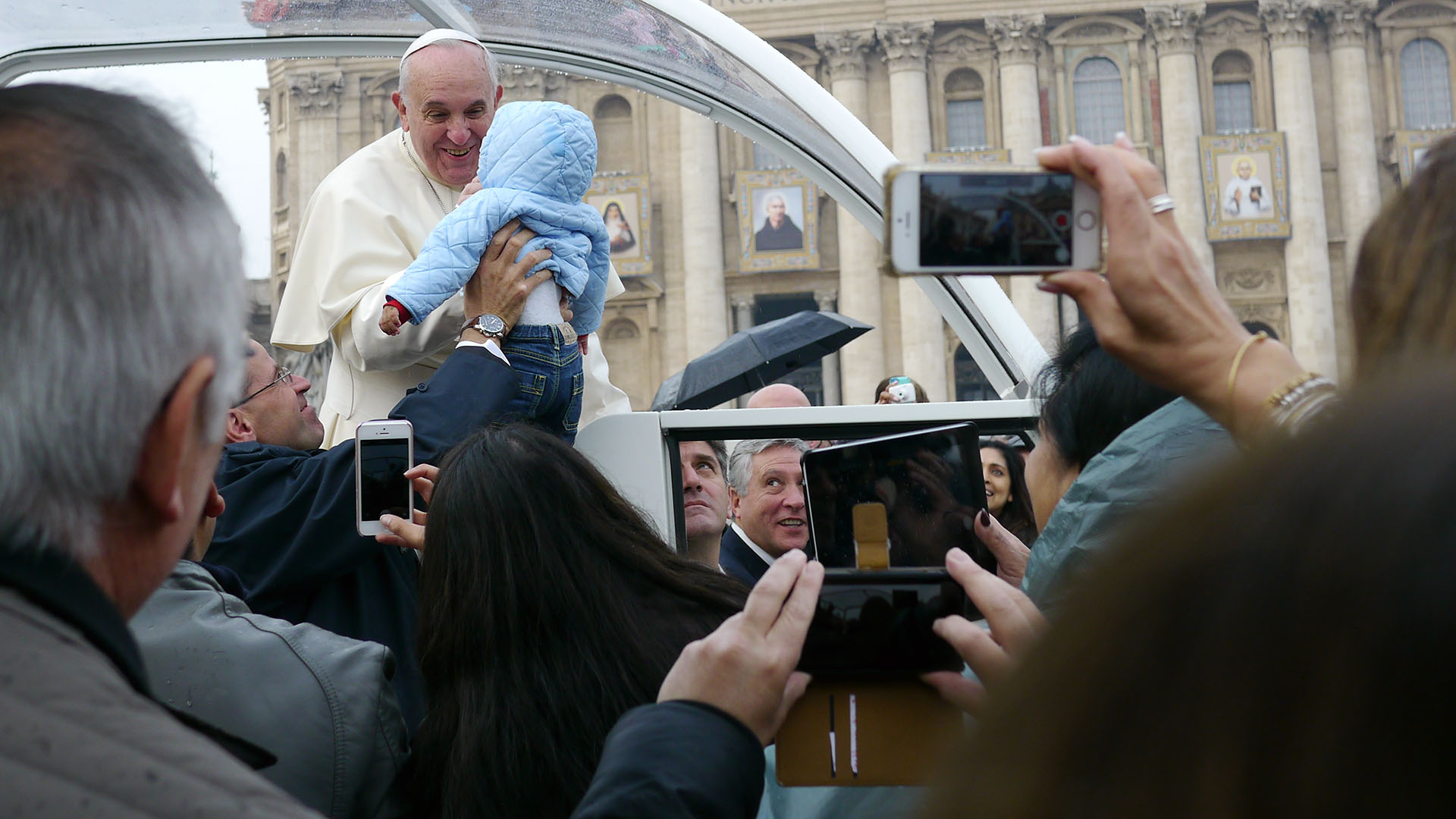Pope_P1120126_cropped_sm