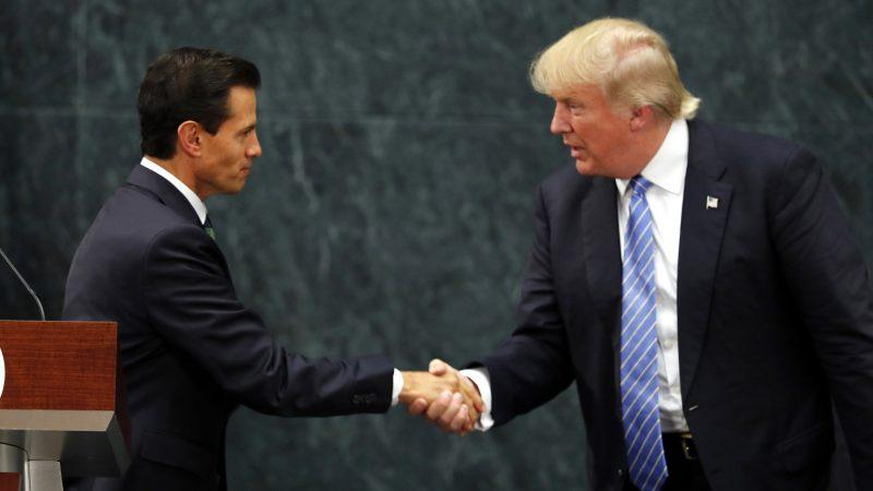 in Mexico City, Wednesday, Aug. 31, 2016, . (AP Photo/Dario Lopez-Mills)