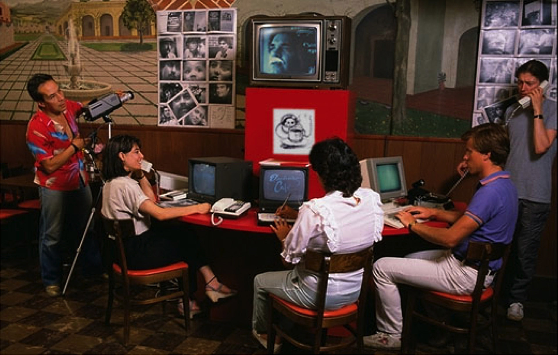 The Electronic Café